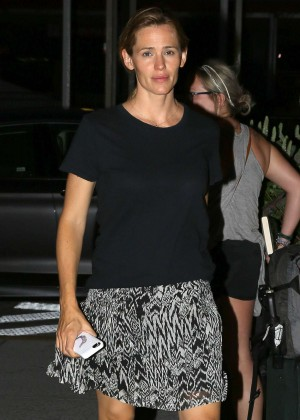 Jennifer Garner in Mini Skirt out in Atlanta