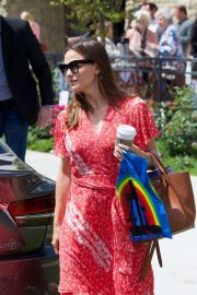 Jennifer Garner in Red Dress - Arrives at church in LA