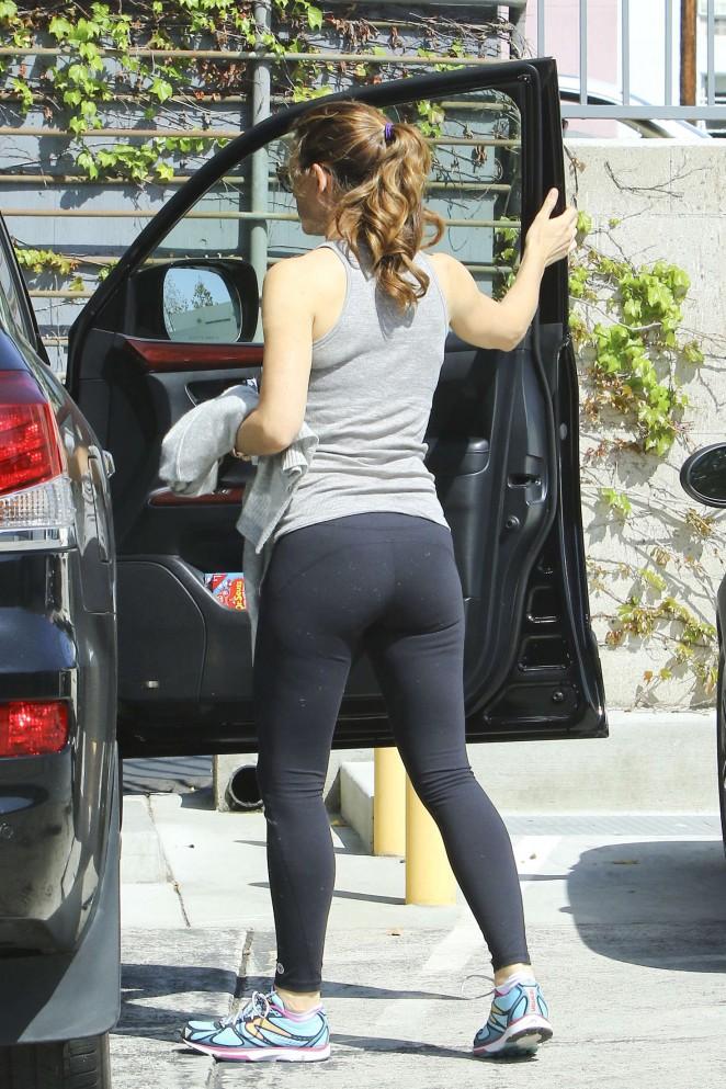 Jennifer Garner Booty In Tights 11 GotCeleb