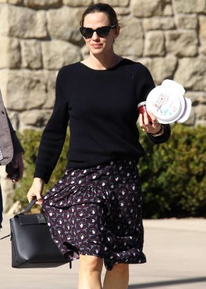Jennifer Garner - Leaving the Community United Methodist Church in Pacific Palisades