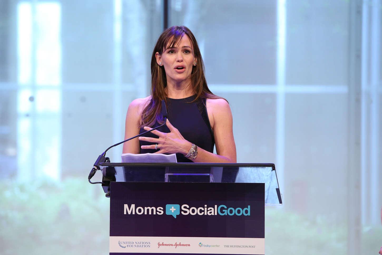 Jennifer Garner 2015 : Jennifer Garner: Moms Social Good Global Moms Challenge -04