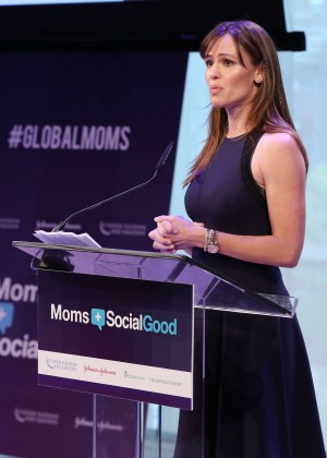 Jennifer Garner - Moms+Social Good Global Moms' Challenge in NYC