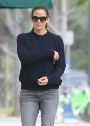 Jennifer Garner out and about in Grentwood