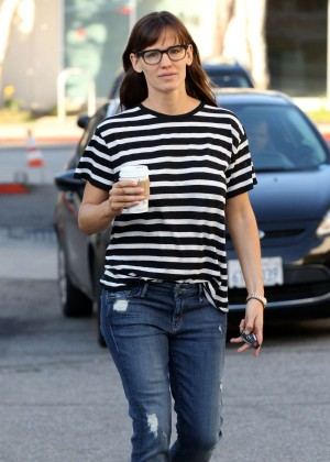 Jennifer Garner - Out and about in LA