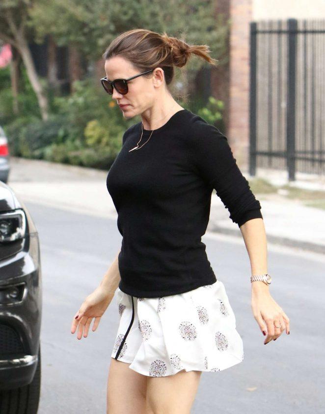 Jennifer Garner out for lunch in LA