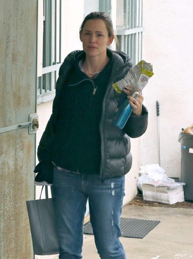 Jennifer Garner out in Beverly Hills