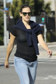 Jennifer Garner - Out in Brentwood