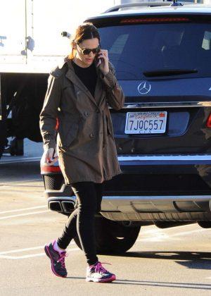 Jennifer Garner Out in Brentwood