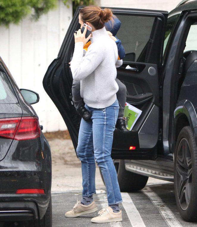 Jennifer Garner out in Brentwood -16