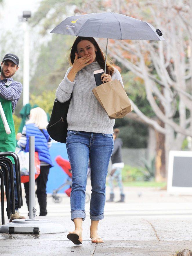 Jennifer Garner out in Brentwood -17