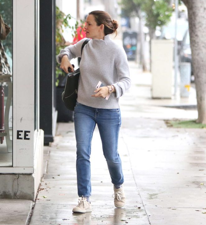 Jennifer Garner out in Brentwood -22