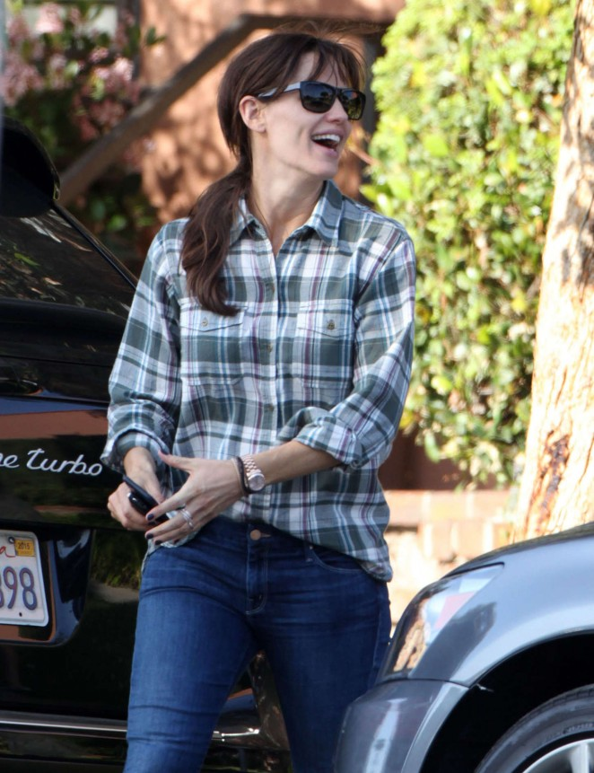 Jennifer Garner in Jeans Out in Santa Monica