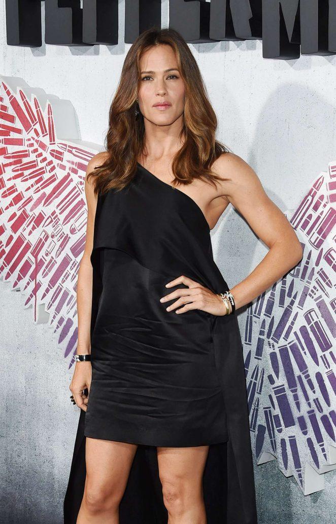 Jennifer Garner - 'Peppermint' Premiere in Los Angeles