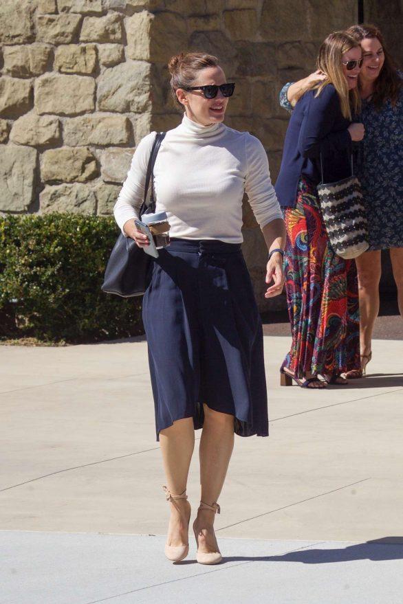 Jennifer Garner - Seen leaving church in Pacific Palisades