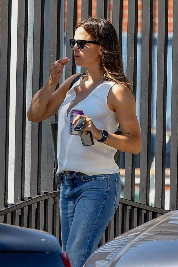 Jennifer Garner 2019 : Jennifer Garner – Seen Out in Los Angeles-06