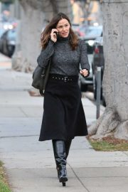 Jennifer Garner - Seen out in Santa Monica