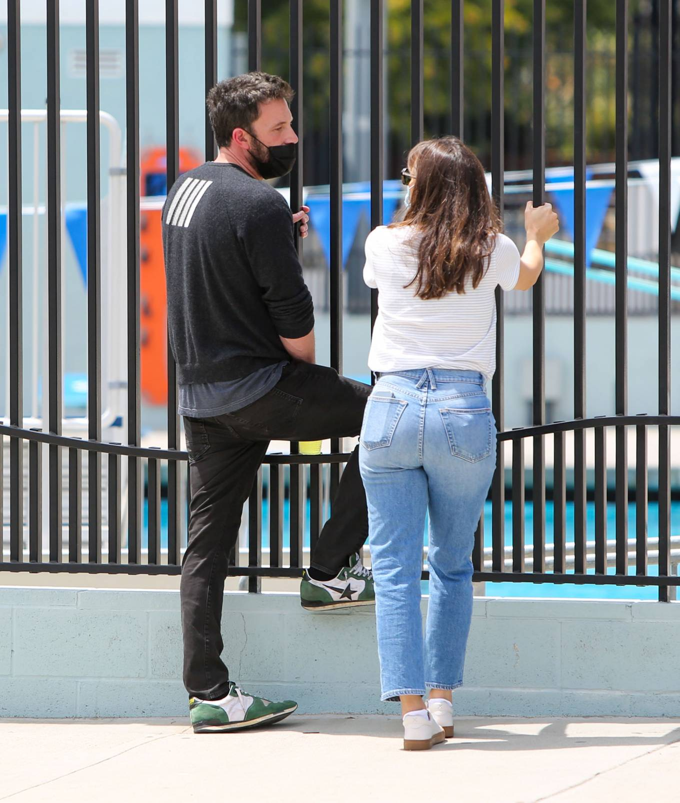 Jennifer Garner - Seen with her son Samuel in Los Angeles