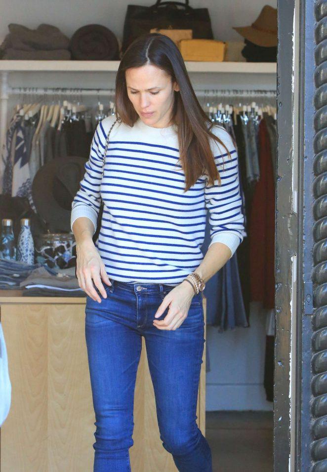 Jennifer Garner - Shopping in Brentwood