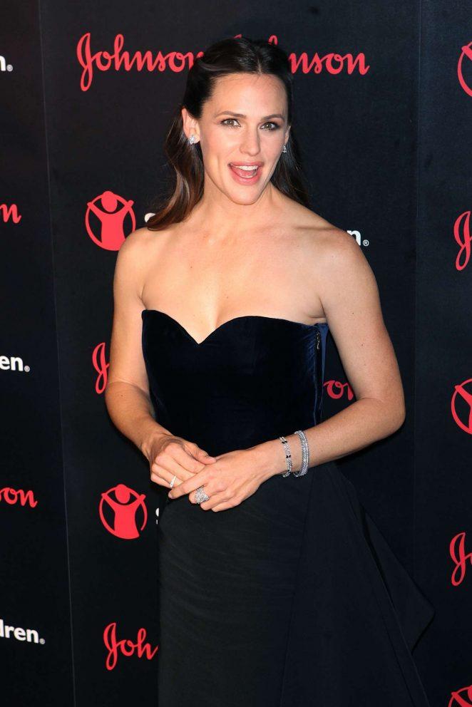 Jennifer Garner – The 4th Annual Save The Children Illumination Gala in NY