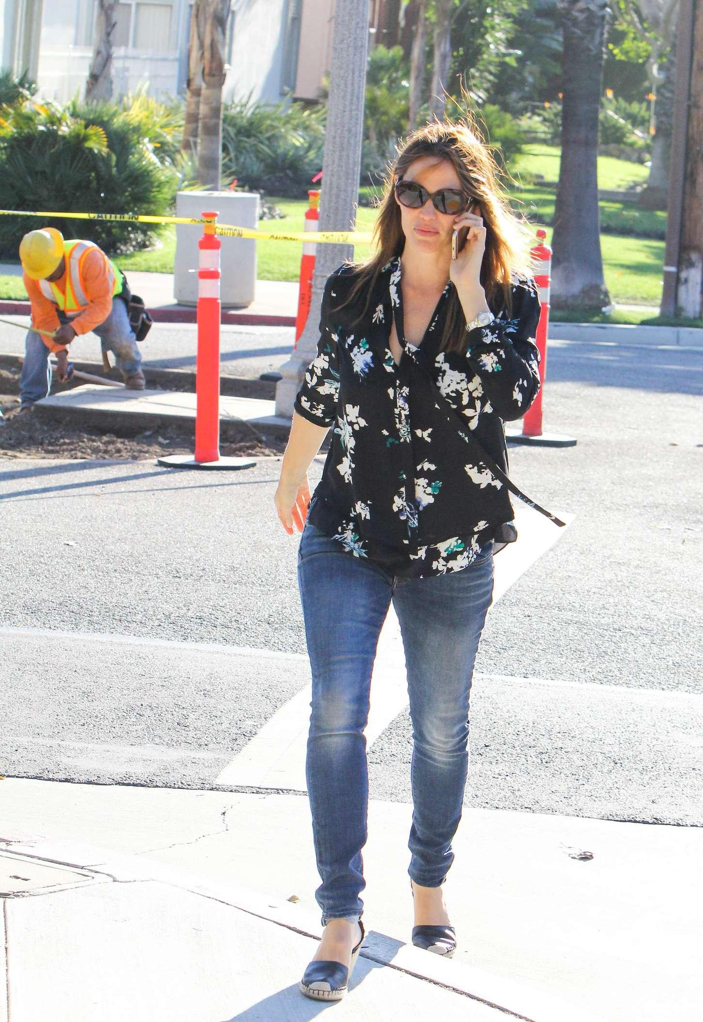 Jennifer Garner walking out in LA