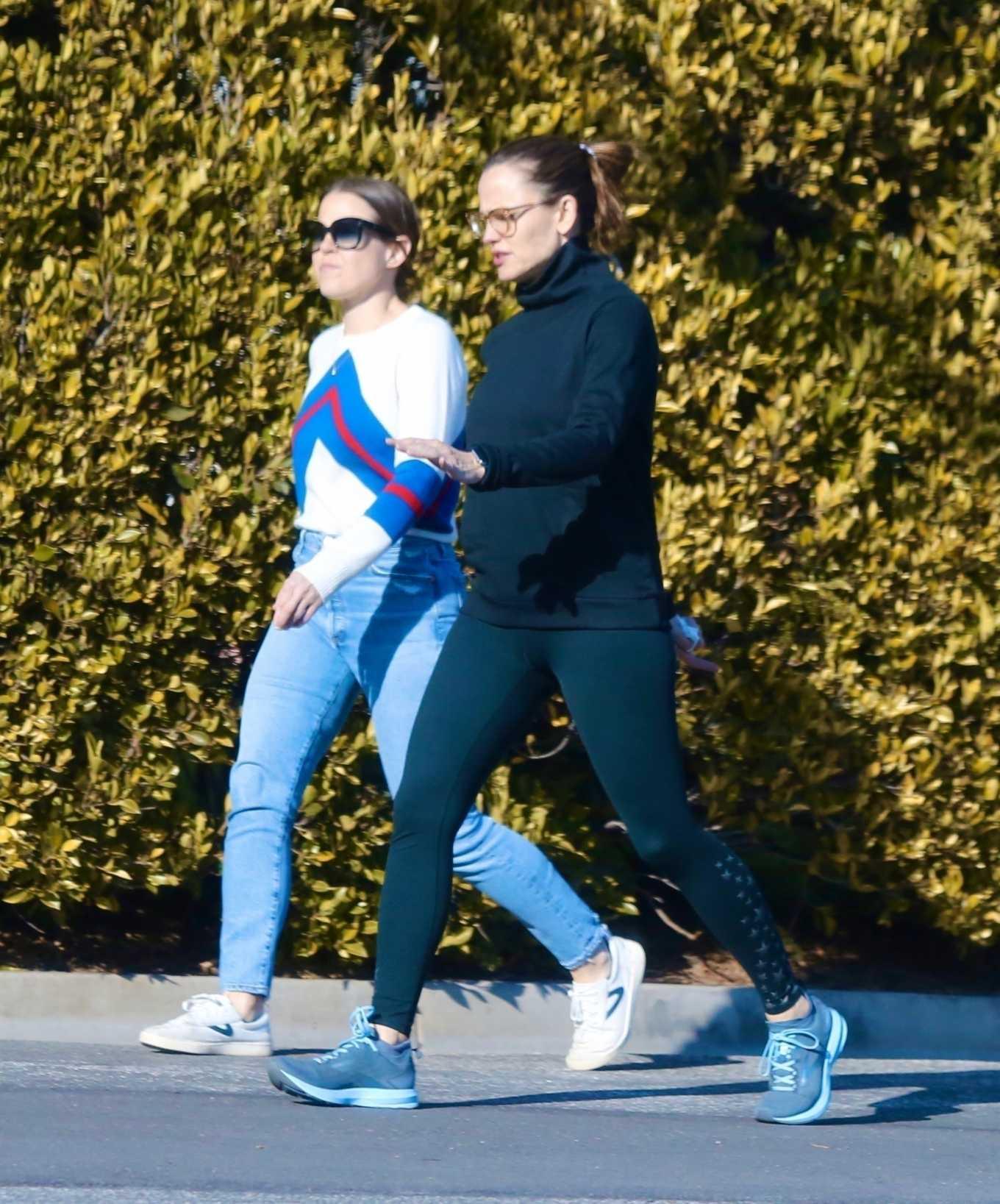 Jennifer Garner 2020 : Jennifer Garner with a friend out for a power walk session in Pacific Palisades-05