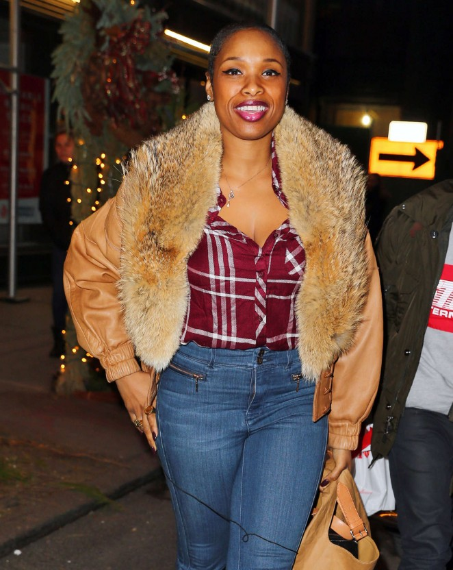 Jennifer Hudson out of Nello Restaurant in NYC