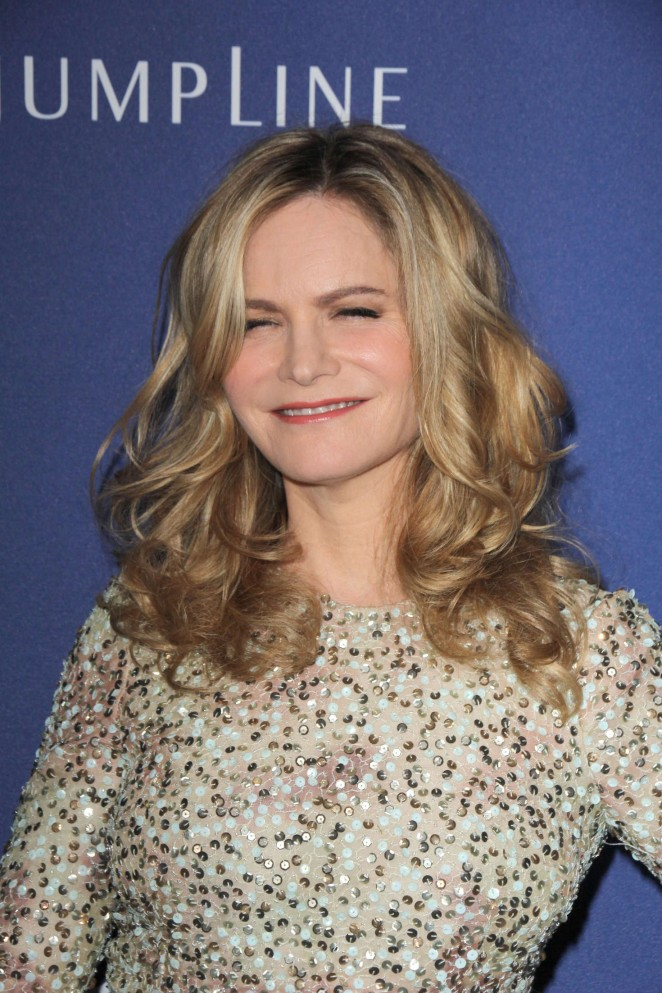 Jennifer Jason Leigh - 2016 Costume Designers Guild Awards in Beverly Hills