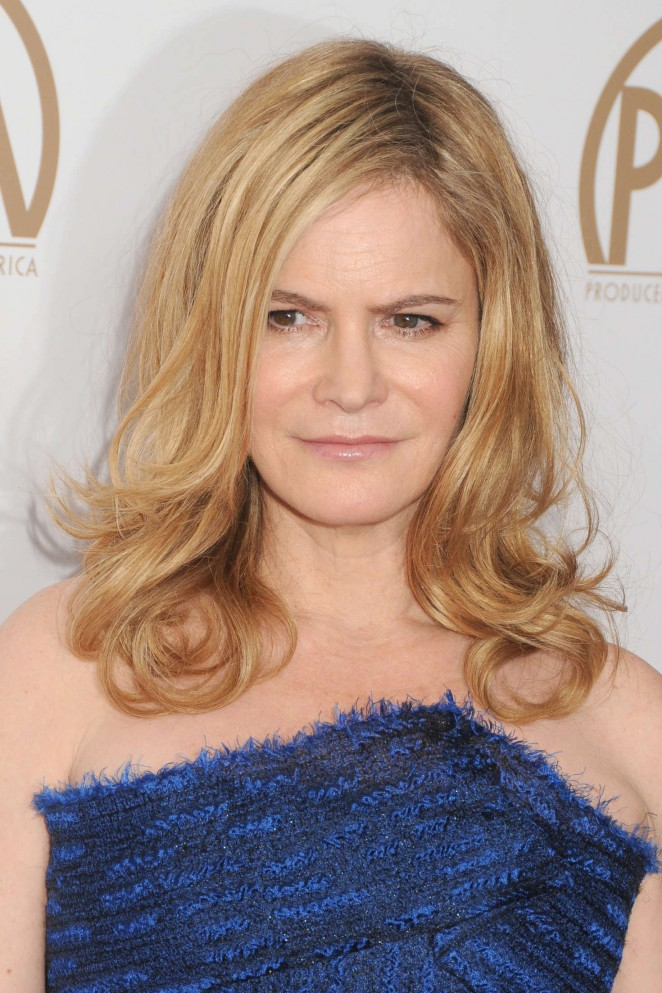 Jennifer Jason Leigh - 2016 Producers Guild of America Awards in Century City