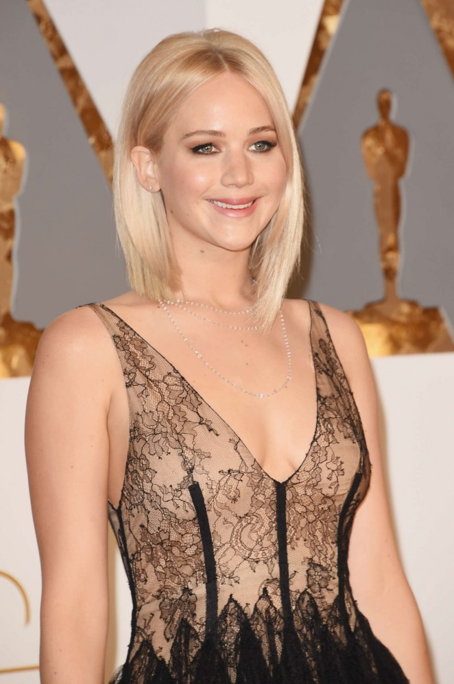 Jennifer Lawrence - 2016 Oscars in Hollywood