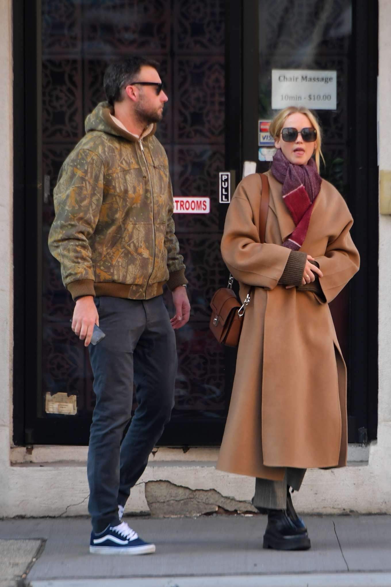 Jennifer Lawrence 2019 : Jennifer Lawrence and Cooke Maroney – Out and about in New York City-01