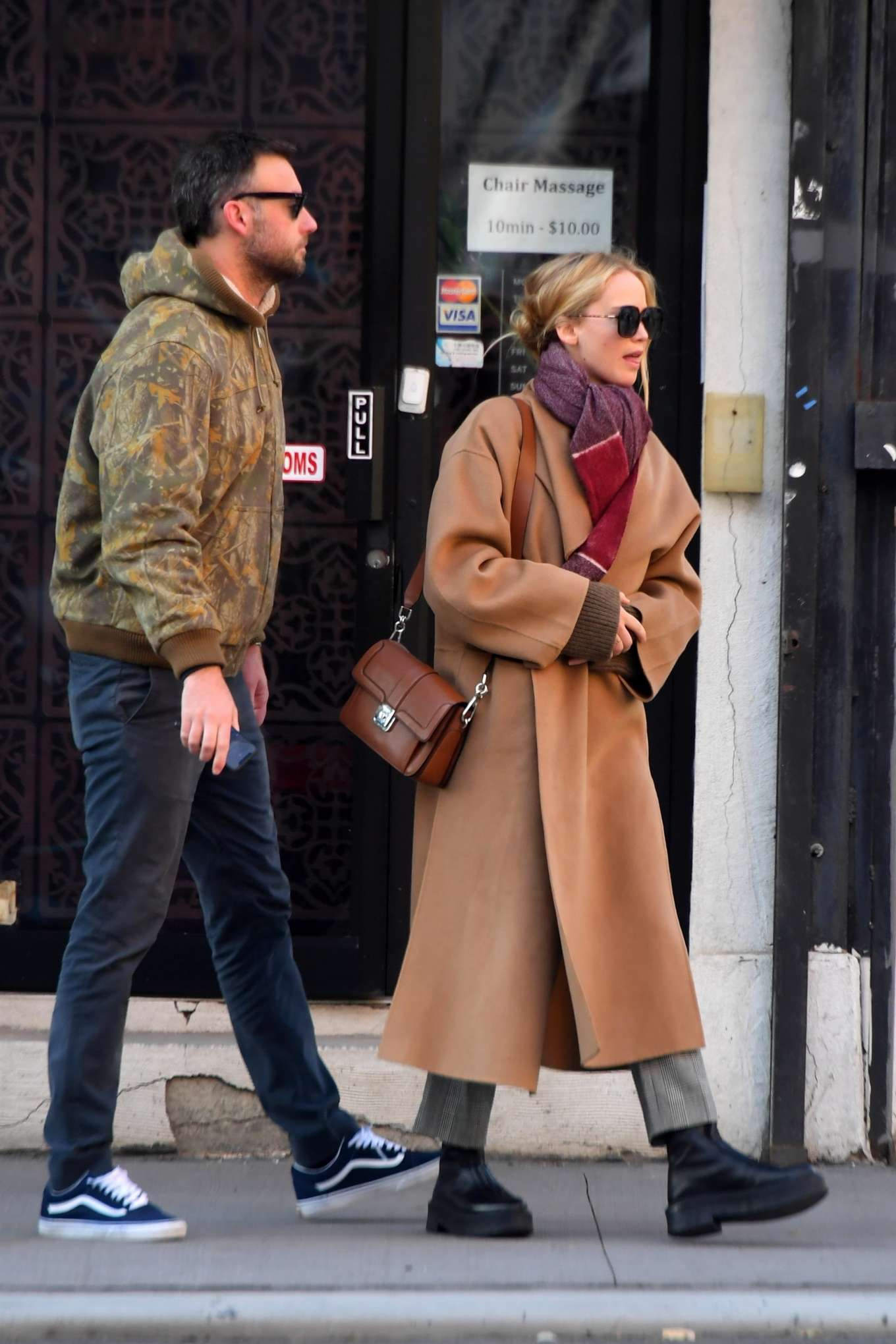 Jennifer Lawrence 2019 : Jennifer Lawrence and Cooke Maroney – Out and about in New York City-08