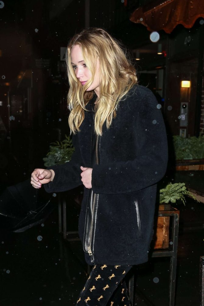 Jennifer Lawrence and her fiance Cooke Maroney – Exiting il Buco Italian restaurant in NY