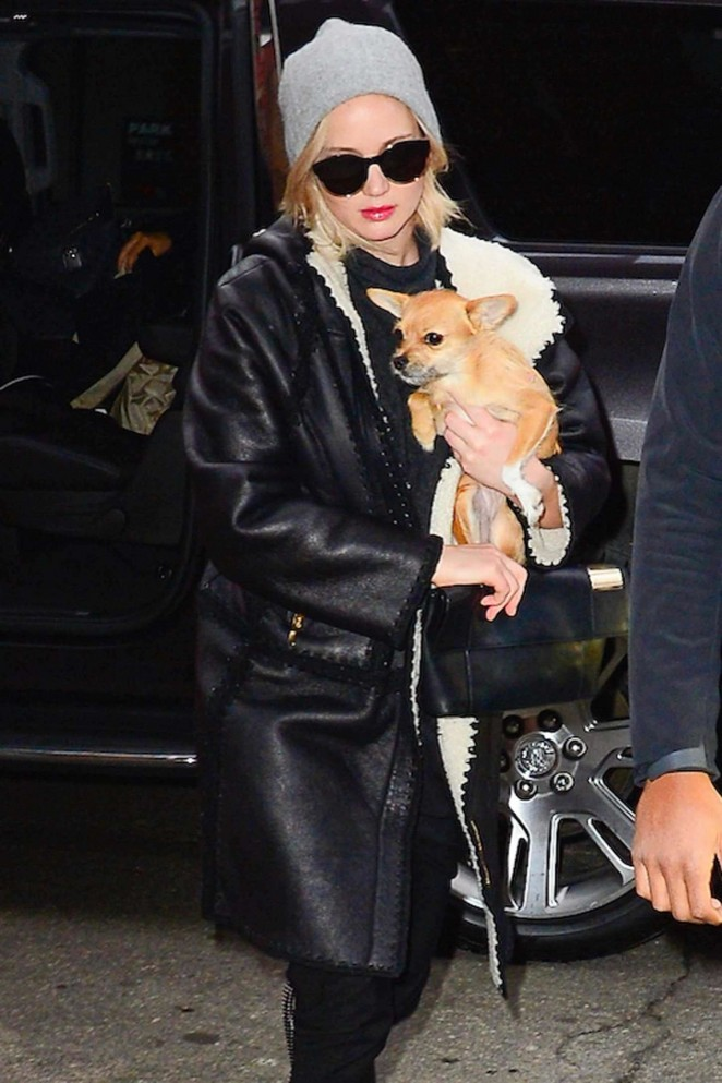 Jennifer Lawrence – Arriving at the Greenwich Hoel in New York