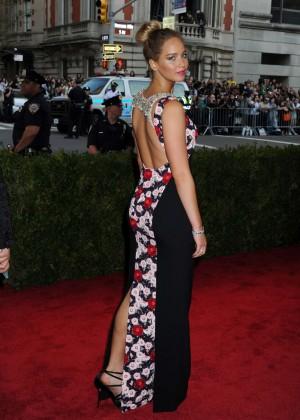 Jennifer Lawrence - 2015 Costume Institute Gala in NYC