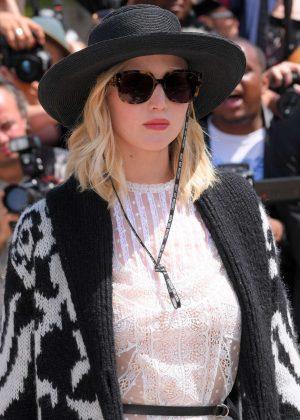 Jennifer Lawrence - Christian Dior Fashion Show FW 2017 in Paris