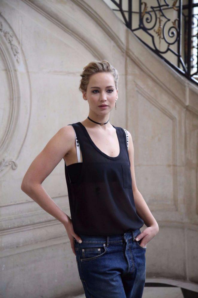 Jennifer Lawrence: Christian Dior Show SS 2017 -16 - GotCeleb