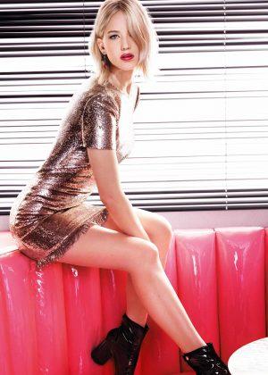 Jennifer Lawrence - Dior Addict Lacquer Stick 2017