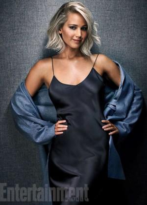Jennifer Lawrence  Entertainment Weekly 2015 -02