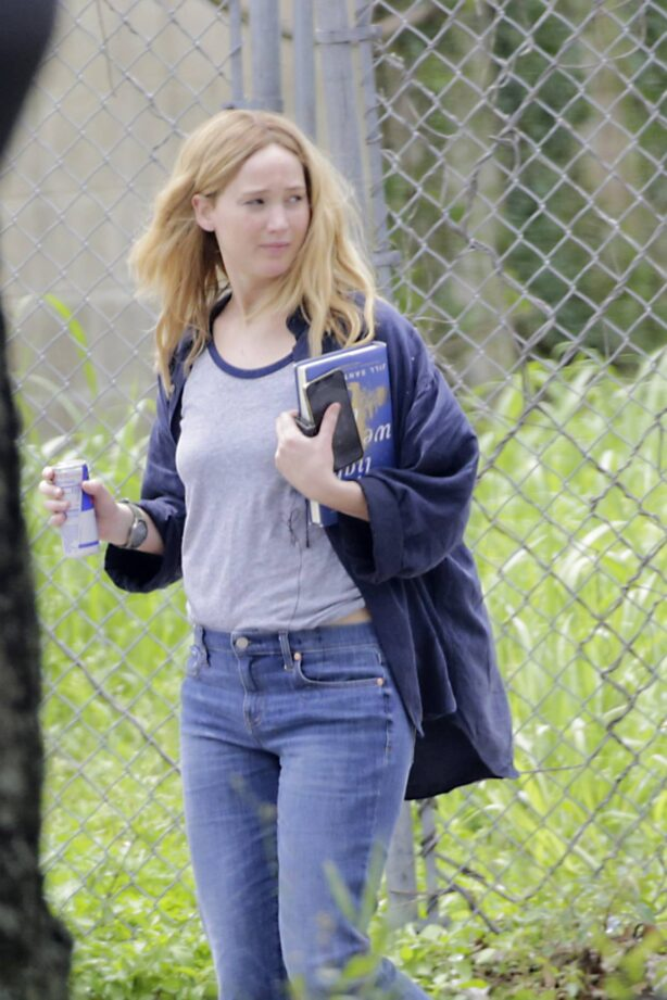 Jennifer Lawrence - Films upcoming movie 'Red, White and Water' in New Orleans