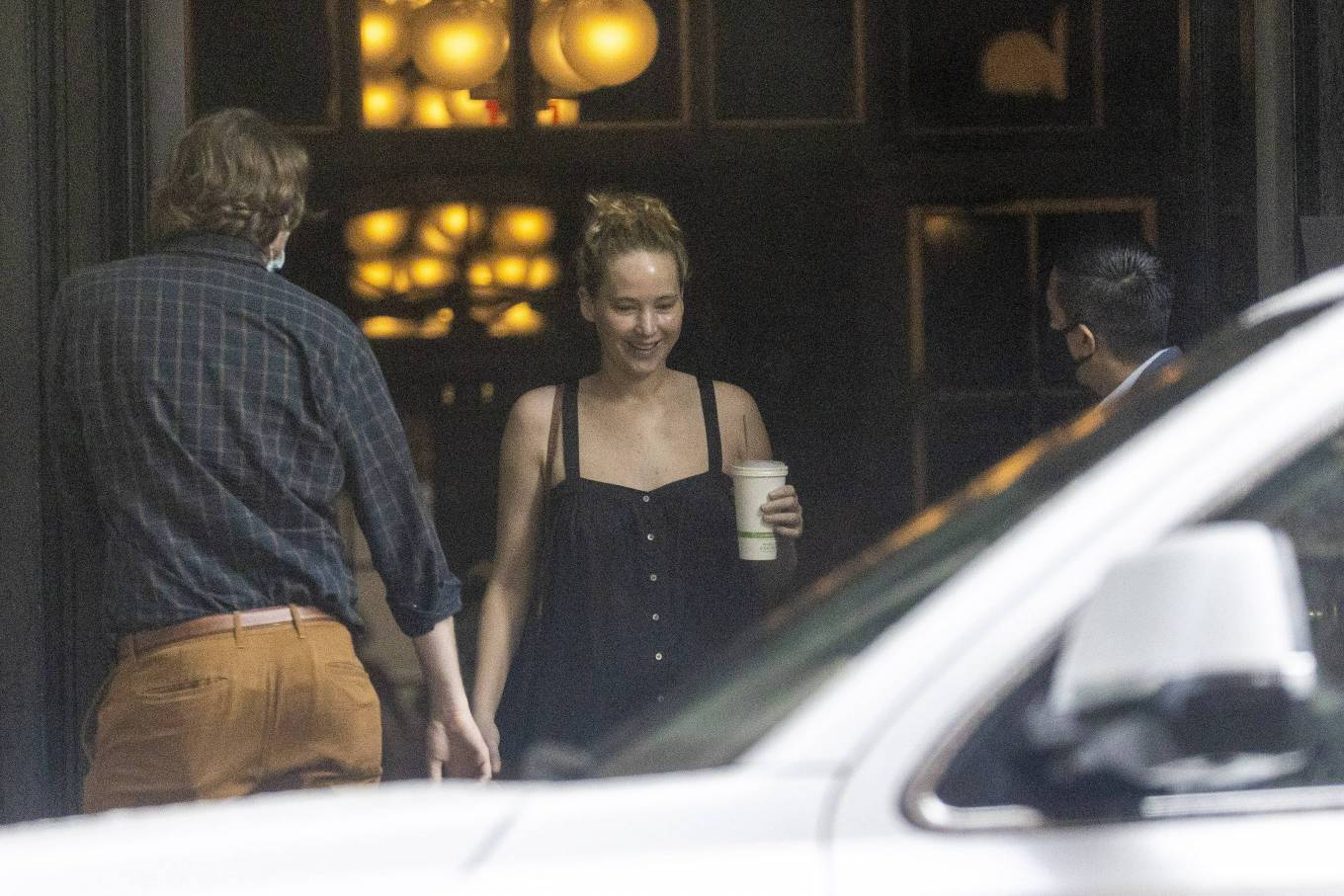 Jennifer Lawrence 2021 : Jennifer Lawrence – Heads to the set of Red, White and Water in New Orleans-01