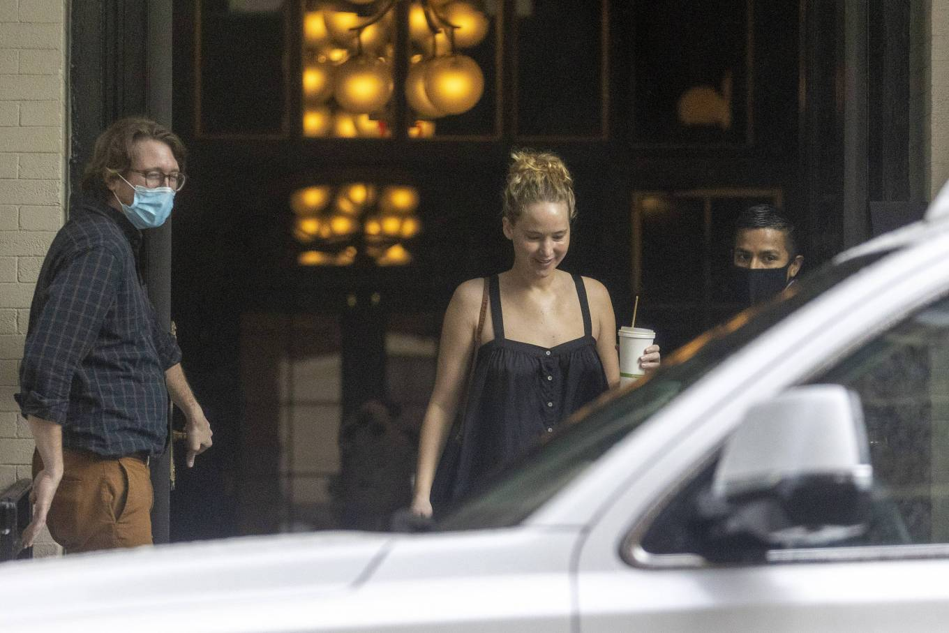 Jennifer Lawrence 2021 : Jennifer Lawrence – Heads to the set of Red, White and Water in New Orleans-11
