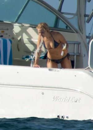 Jennifer Lawrence in a Bikini (2016)-13
