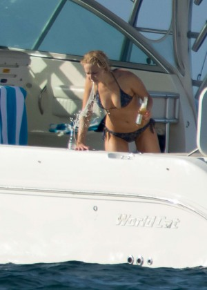 Jennifer Lawrence in a Bikini (2016)-56