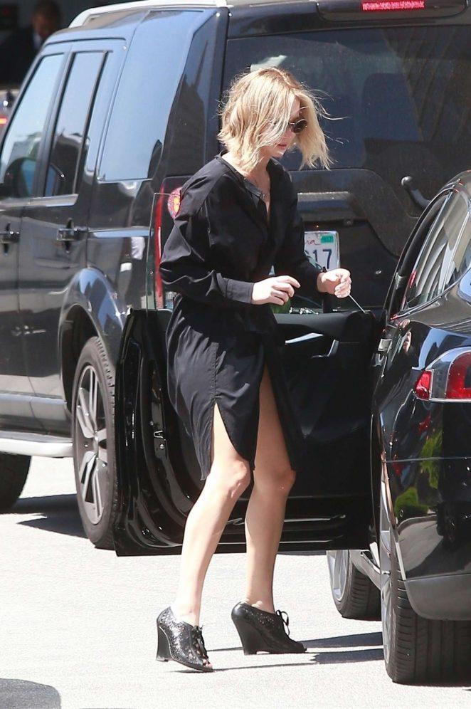 Jennifer Lawrence in Black Dress – Heads to a meeting in Beverly Hills