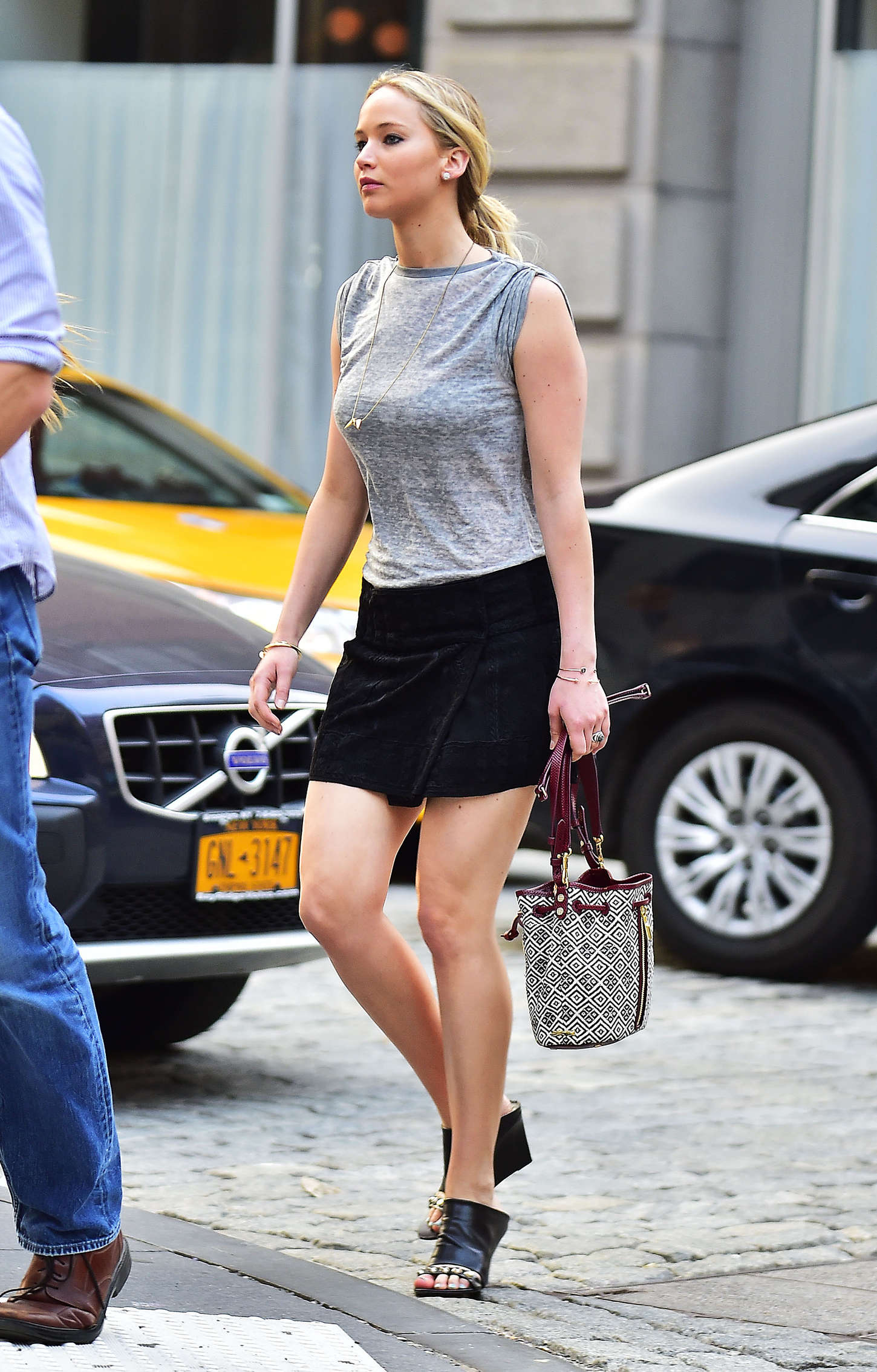Jennifer Lawrence In Black Mini Skirt 03 Gotceleb