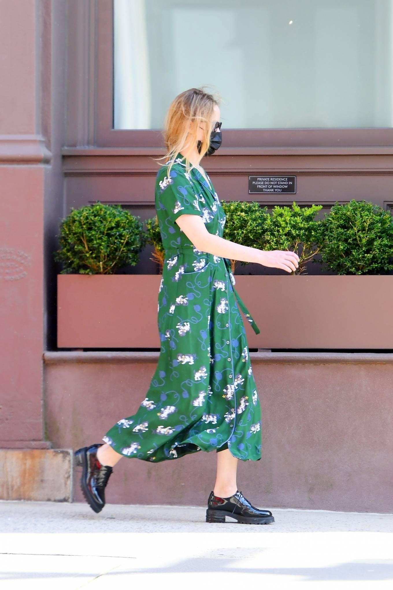 Jennifer Lawrence 2021 : Jennifer Lawrence – In green summer dress out in Tribeca-02