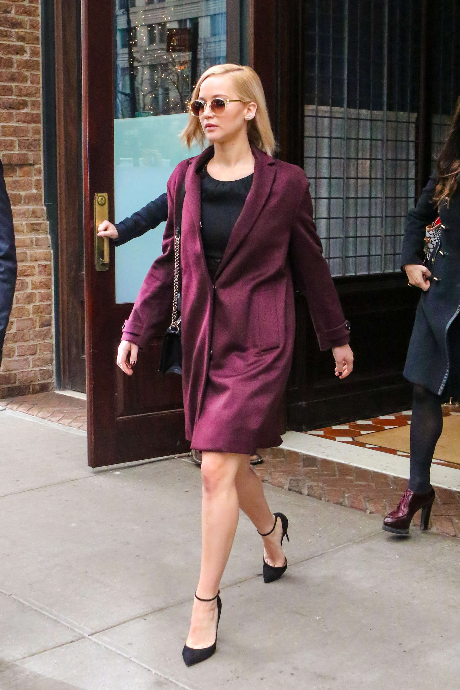 picture Jennifer lawrence leaving her hotel in nyc