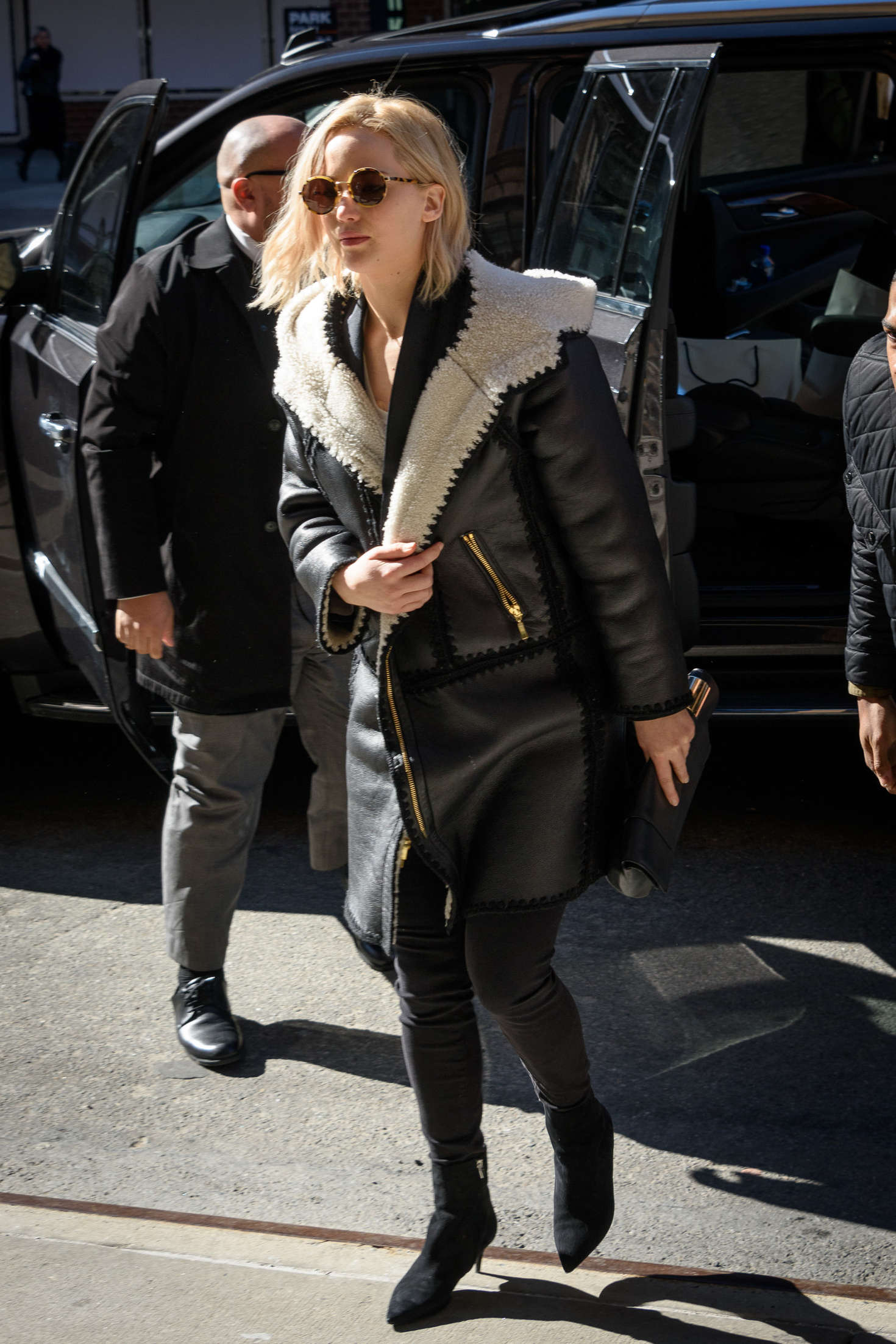 Jennifer Lawrence Leaving her hotel in New York