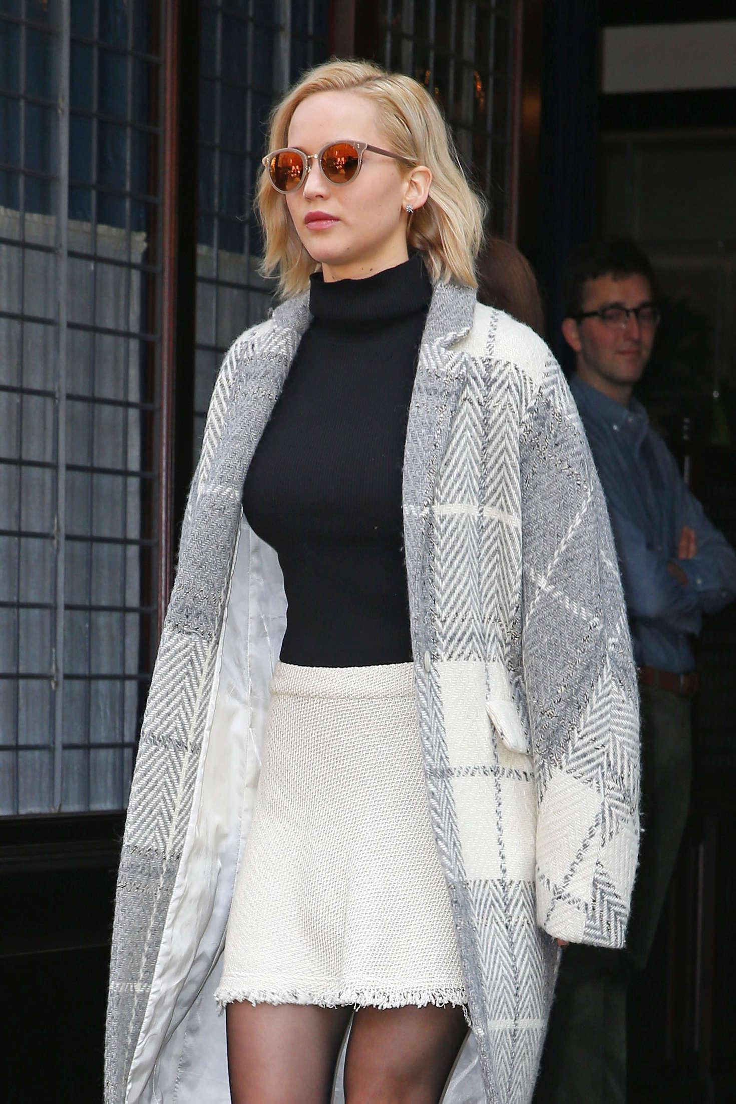 Jennifer Lawrence - Leaving her hotel in New York