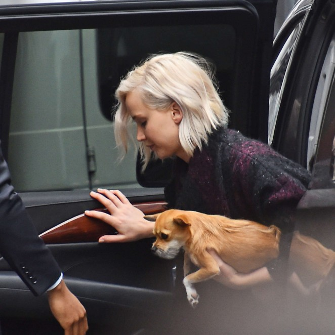 Jennifer Lawrence: Out for dinner in NYC -06